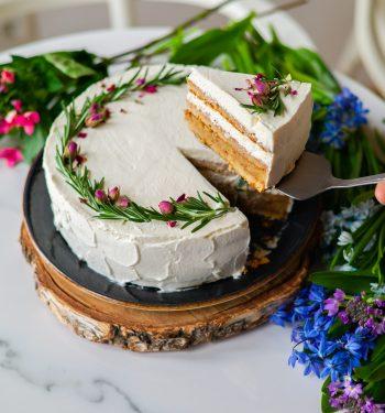 Vestuvinis tortas be kiaušinių