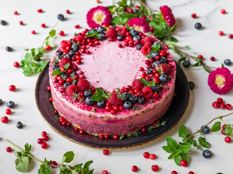 Veganiskas uogų tortas
