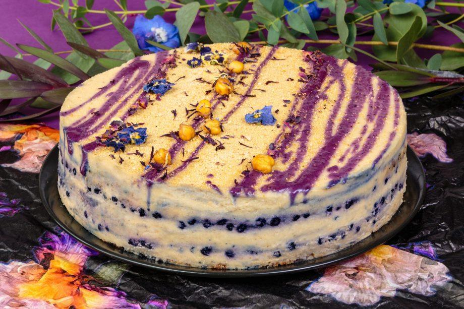 Citrininis veganiškas tortas su mėlynėmis