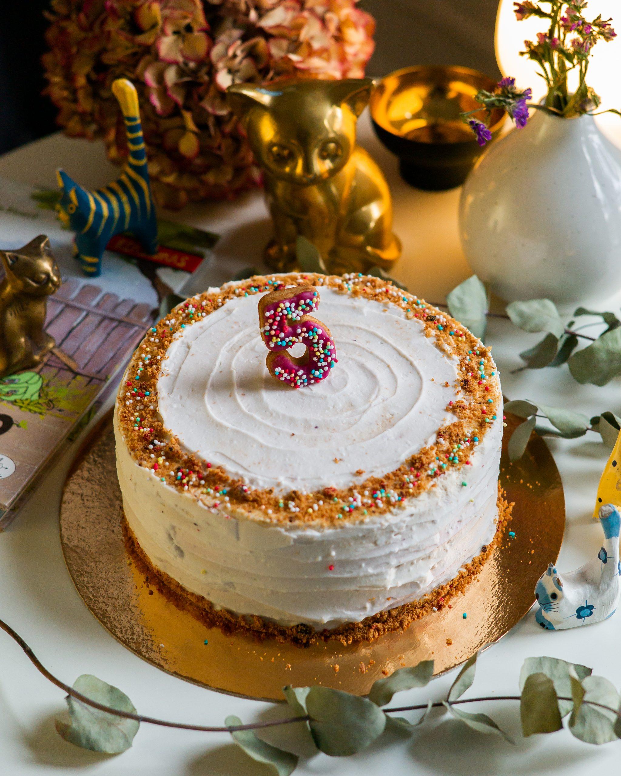 Torto papuošimas skaičius